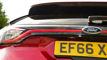 Ford Edge second report - rear detail