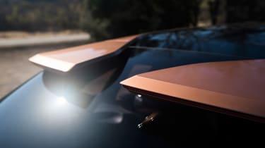 Lexus LF-1 Limitless - rear spoiler