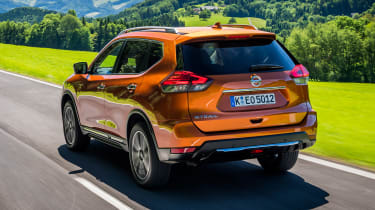Nissan X-Trail - rear