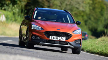 Ford Focus Active - front cornering