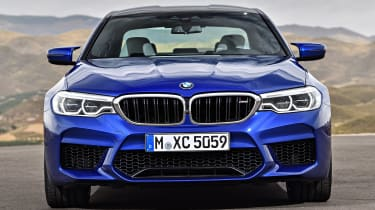 BMW M5 - full front static