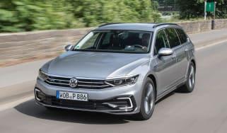 Volkswagen Passat GTE Estate - front