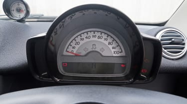 Used Smart ForTwo - dial