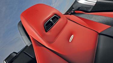 Mercedes SLS AMG Roadster sport seats