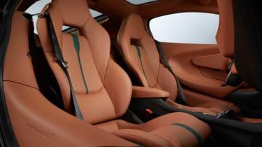 MSO 570GT - seats
