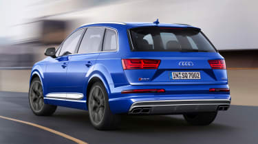 Audi SQ7 blue - rear cornering