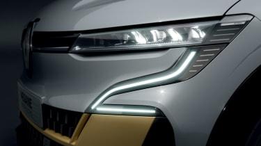 Renault Megane E-Tech Electric SUV - front light