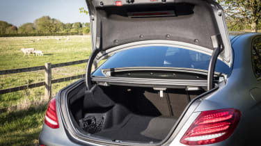Mercedes-AMG E 63 S - boot