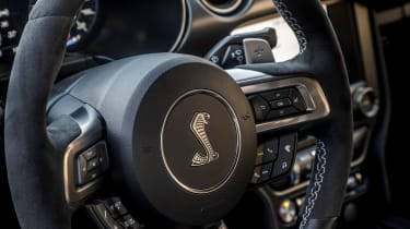 Ford Mustang Shelby GT500 - steering wheel