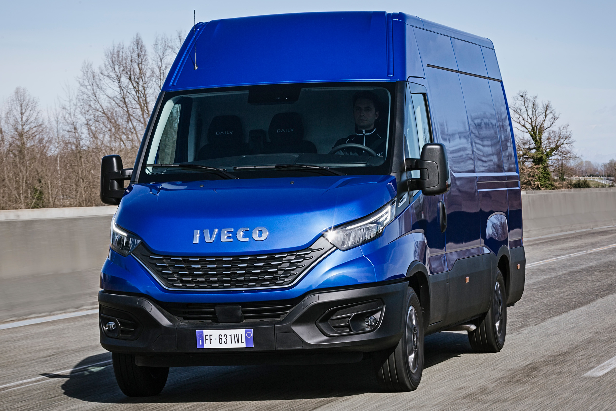 Iveco Daily 2013: Review, Amazing Pictures and Images