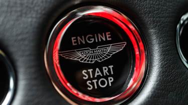 Aston Martin DBS Superleggera - engine start