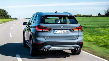BMW X1 - rear tracking