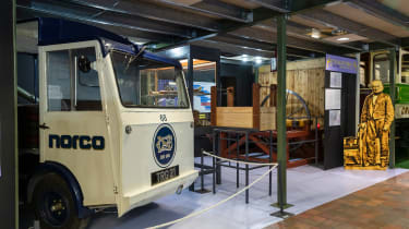 Grampian Transport Museum - milkfloat