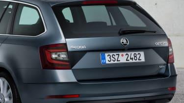 New 2017 Skoda Octavia facelift estate detail