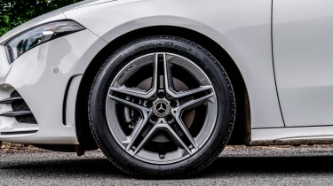 Mercedes A 180 d - side profile
