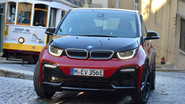 BMW i3s - front cornering