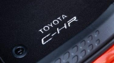 Toyota C-HR - mat