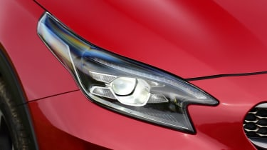 Kia XCeed - front light