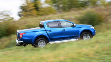 Mitsubishi L200 long termer - fourth report side