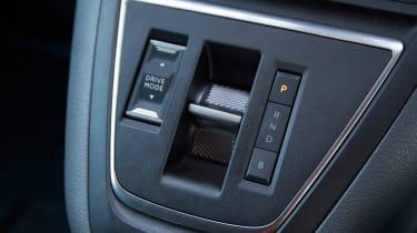 Citroen e-Dispatch - gear select