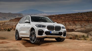 BMW X5 - front off-road action