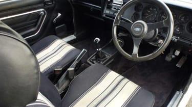 Minder Cars - Capri interior