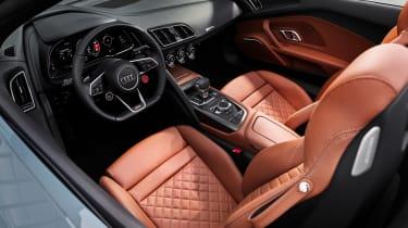 Audi R8 Spyder Performance RWD - dash