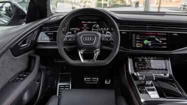 Audi RS Q8 - dash