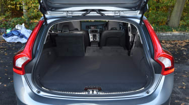 Volvo V60 D5 Twin Engine - boot