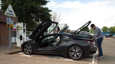 Fun in PHEVs - i8 packing