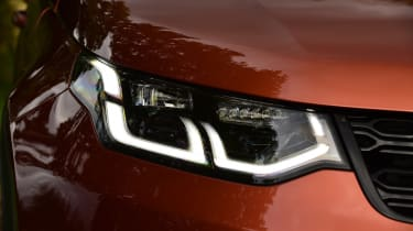 Land Rover Discovery Sport D180 first report - front lights