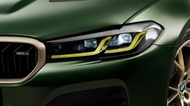 BMW M5 CS - studio front light