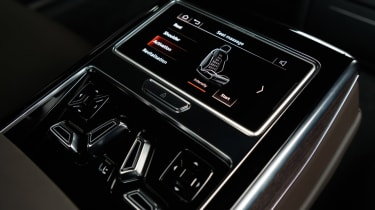 Audi A8 - rear seats controls detail