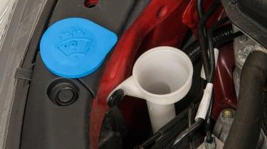 Honda Civic Mk9 - wash cap