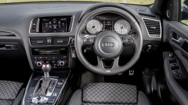 Audi SQ5 Plus 2016 - interior