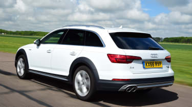 Audi A4 Allroad - rear