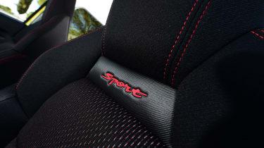 Suzuki Swift Sport - seat detail