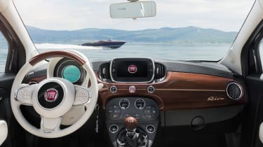 Weird car special editions - Fiat 500 Riva interior