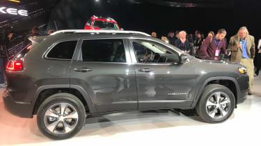 Jeep Cherokee 2018  side
