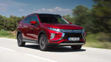 Mitsubishi Eclipse Cross - front tracking