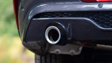 BMW X4 - exhaust