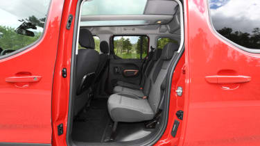 Peugeot Rifter rear seats
