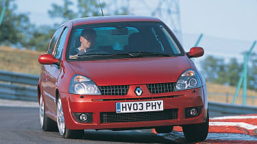 Best French modern classics - Renault Clio 172