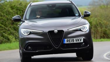 Alfa Romeo Stelvio Nero Edizione - front cornering