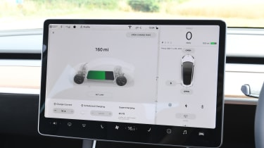 Tesla Model 3 - screen