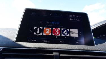 Peugeot 5008 - radio stations