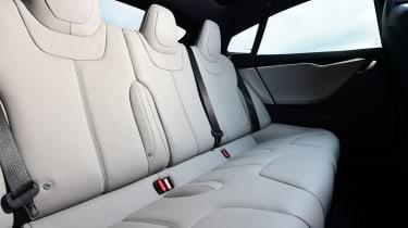 Tesla Model S 2016 facelift rear seats