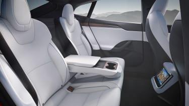 Tesla Model S facelift - rear seats