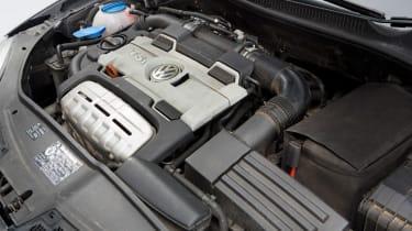 Volkswagen Golf Mk5 (used) - engine