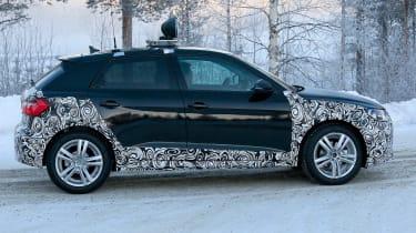 Audi A1 Allroad - spyshot 5